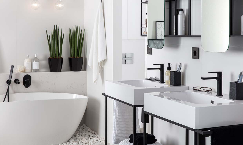 Como agregar negro al cuarto de baño